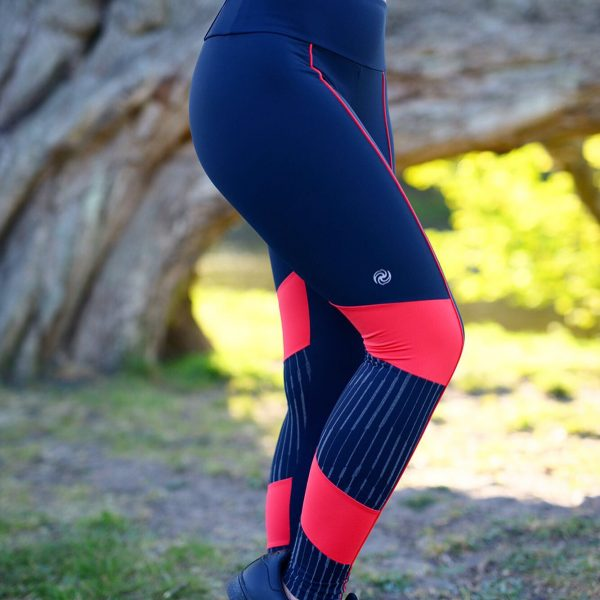 Black and red Rolamoca sports legging