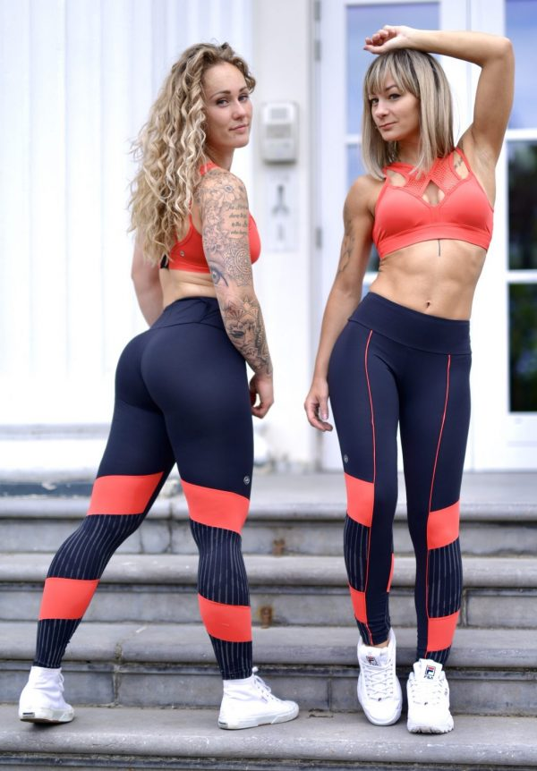 Two Fitgirls wearing Rolamoca Sportswear