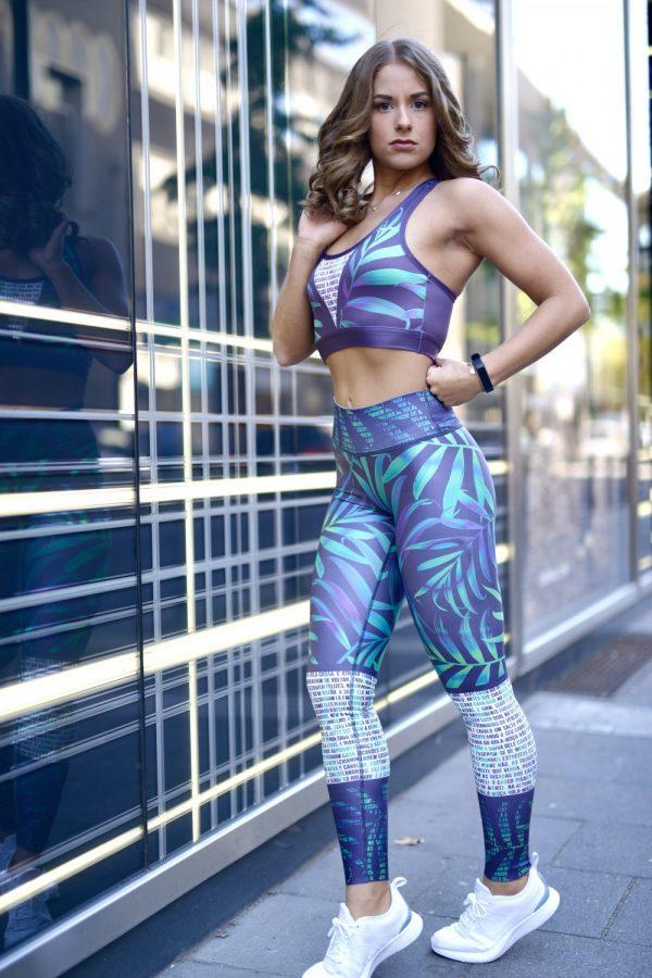 Girl wearing Rolamoca Mondial Reversable Jeans